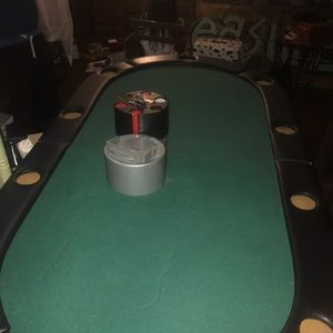 82 inch Texas Hold'em with legs and adjustable